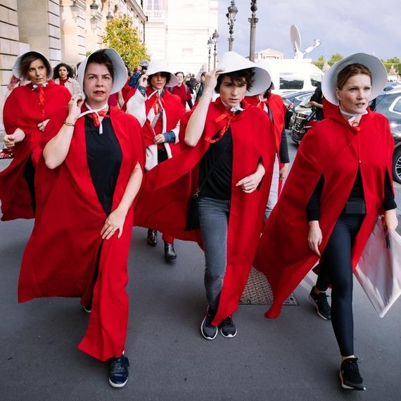 Les Ecarlates, mouvement citoyen féministe